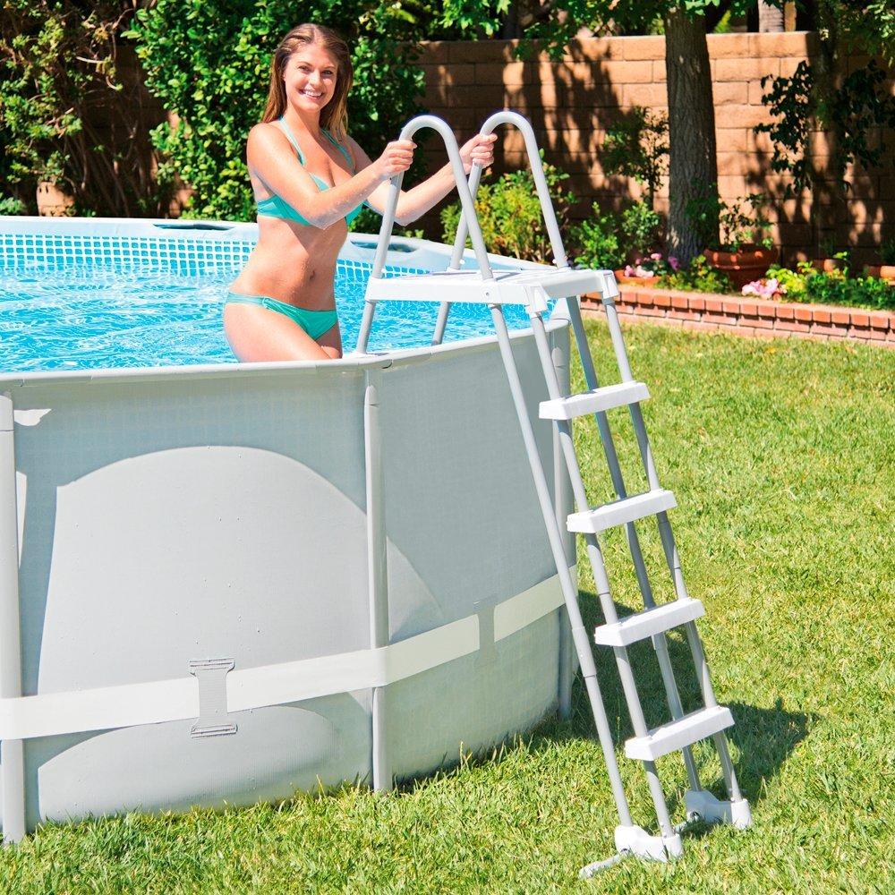Gu a para comprar escaleras para piscinas compraralia for Piscinas intex baratas
